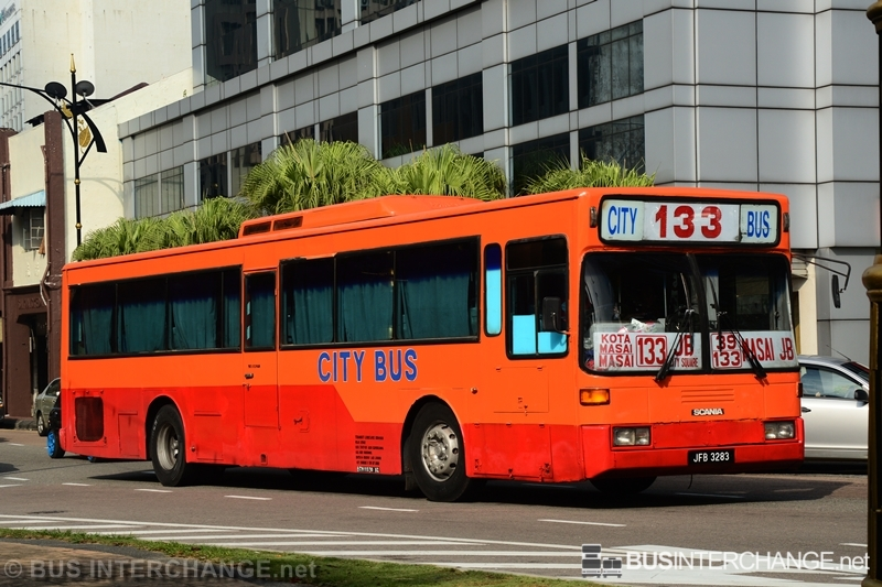 A Scania L113CRL (JFB3283) operating on City Bus bus service 133