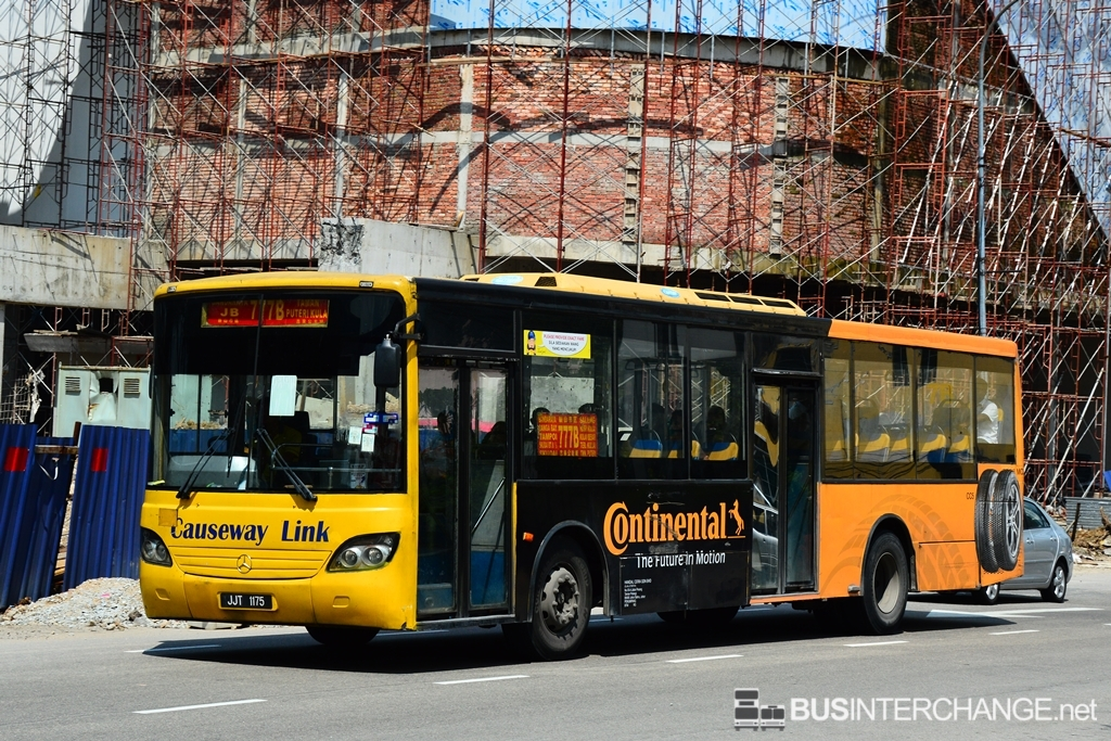 A Mercedes-Benz CBC1725 (JJT1175) operating on Causeway Link bus service 777B