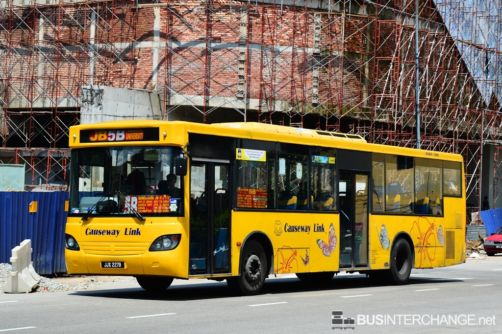 A Mercedes-Benz CBC1725 (JJX2279) operating on Causeway Link bus service 5B
