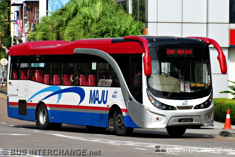 A Hino AK1JRKA (JMR3261) operating on Maju bus service 208