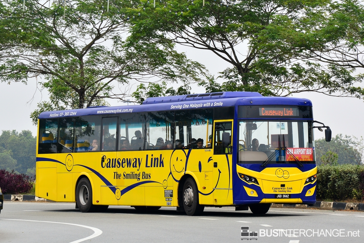 A Scania K250IB (JQD3642) operating on Causeway Link bus service CWA