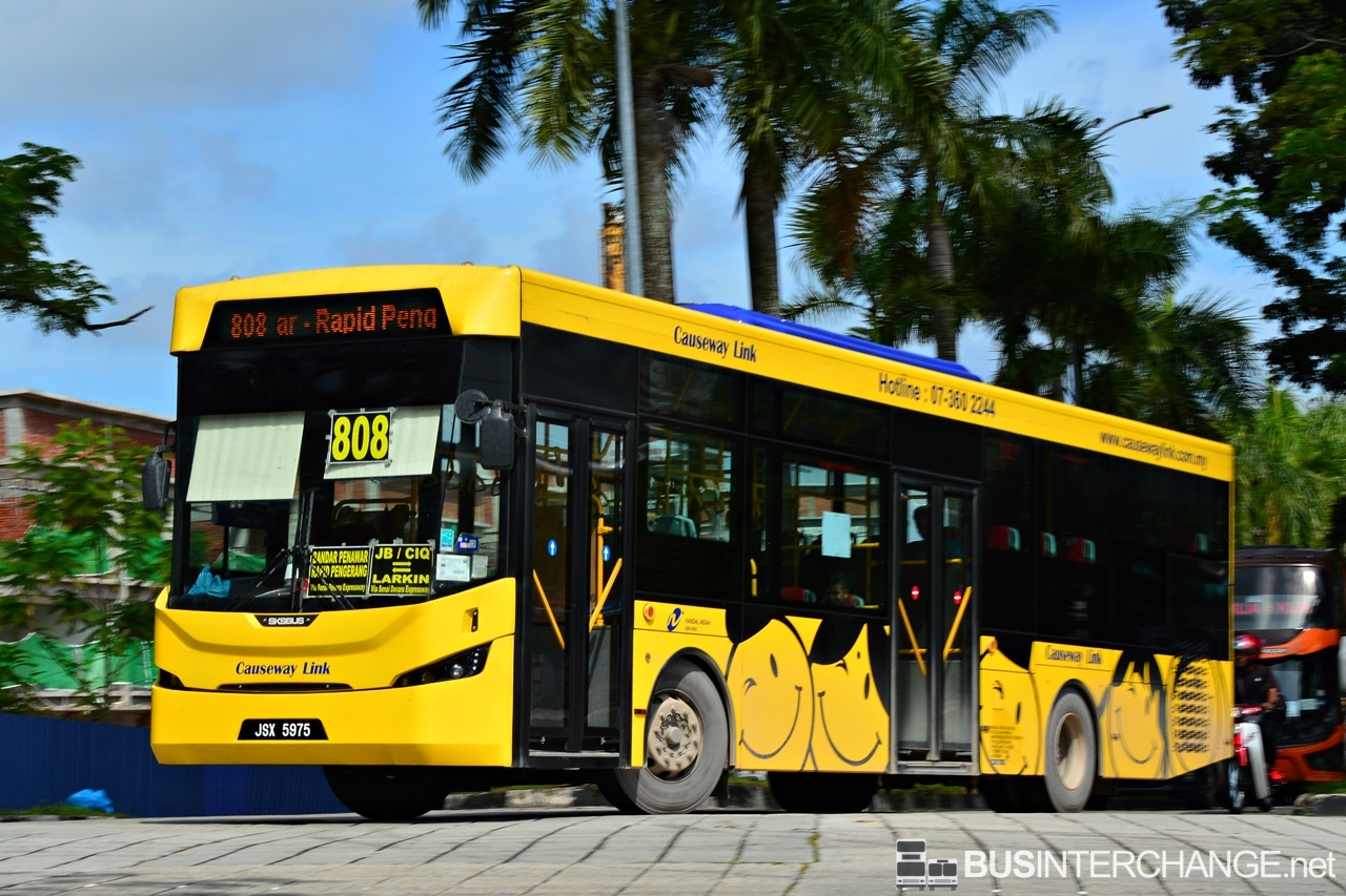 A Sksbus LEC-300H (JSX5975) operating on Causeway Link bus service 808